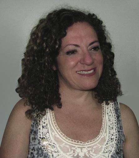 Lic. Viviana Salinas de Valoy